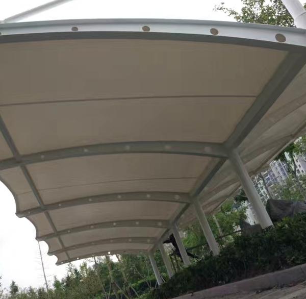 膜结构车棚在施工时的常见加热法