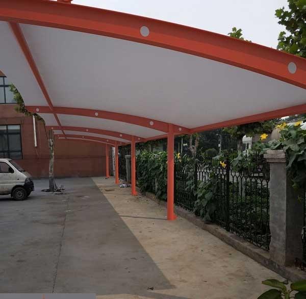 济南汽车棚厂家说说使用阳光棚比其他棚的有哪些?