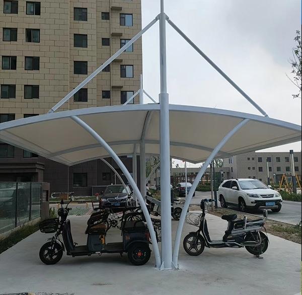 小区膜结构停车棚如何加固
