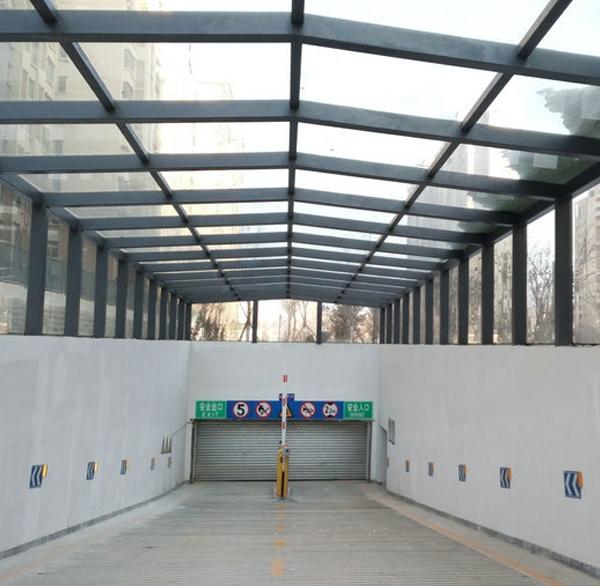 钢膜结构汽车棚