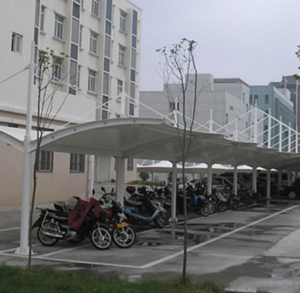 户外公共自行车棚